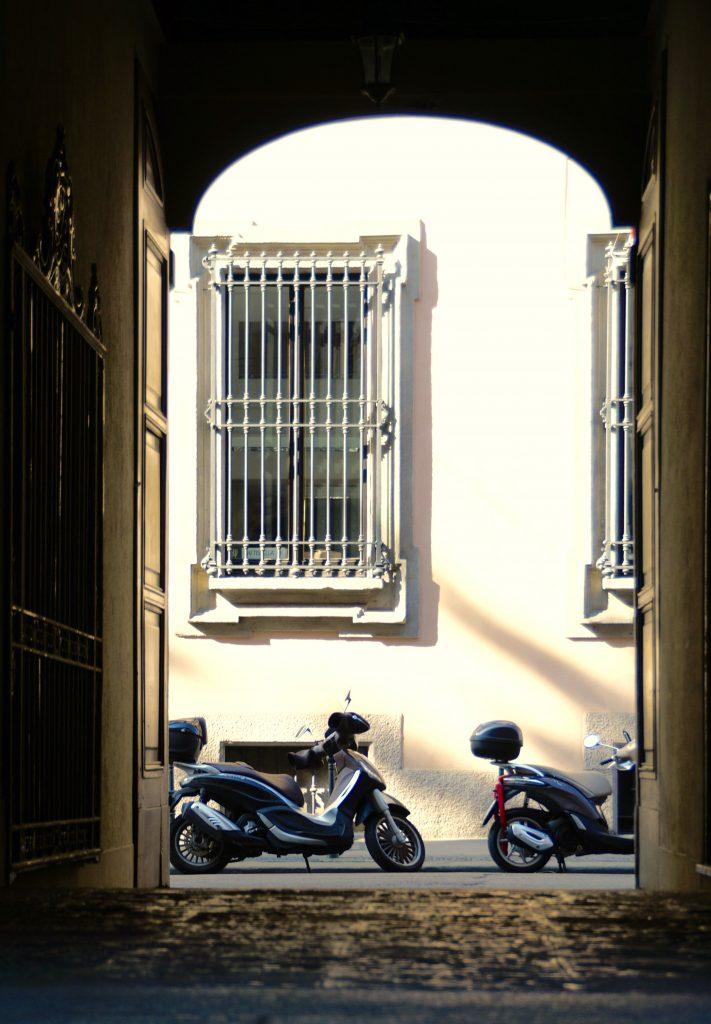 Vespa Moped Portrom Brera Milano
