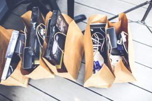 Einkaufen mit Freundinnen