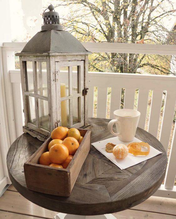 Mandariner på verandaen lev landlig