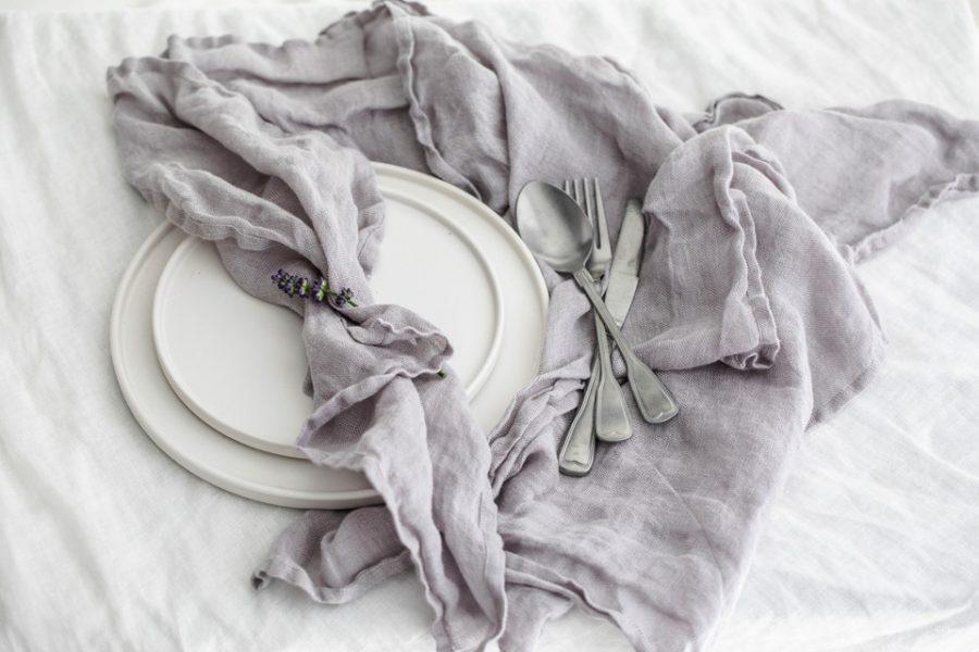 Tischwäsche, Kiesen in Leinen