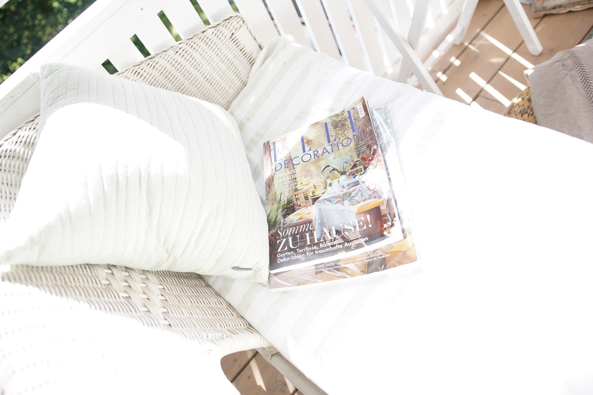 leseplass på en liten balkong