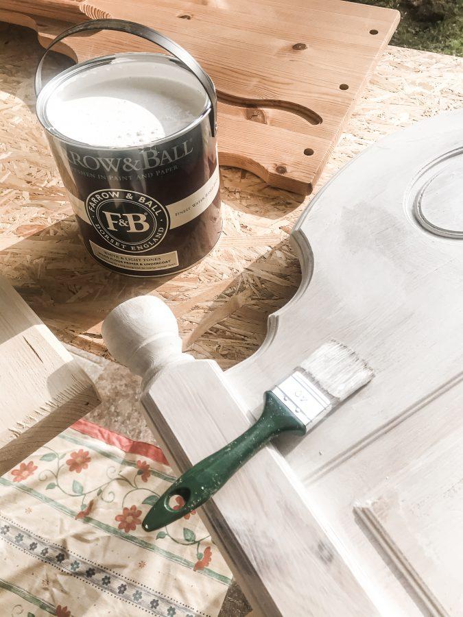 DIY, male møbler, pusse opp møbler, male seng