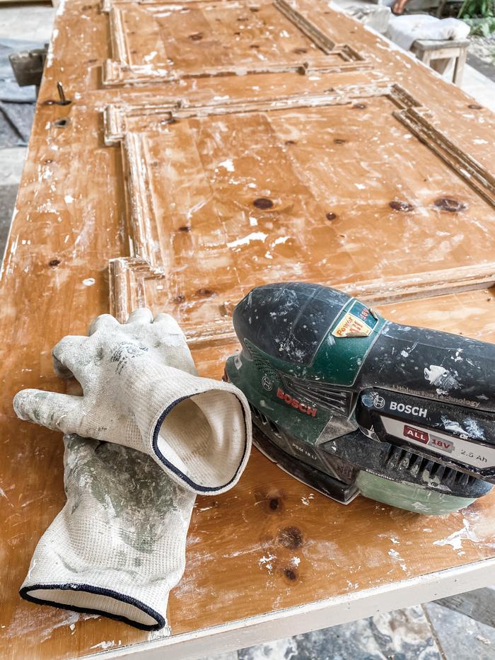 fjerne maling med slipemaskin