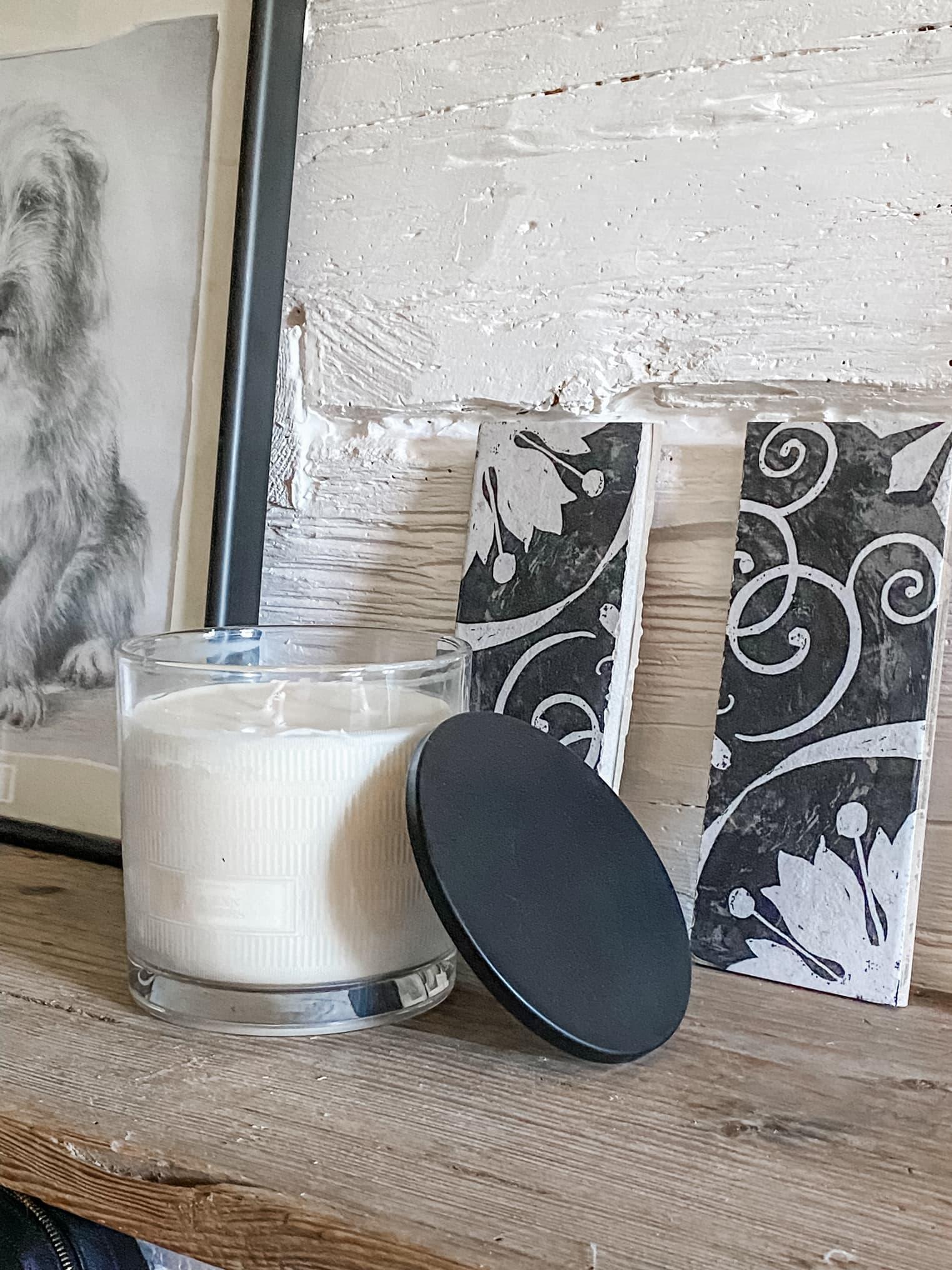 Duftelys i svart og hvitt fra Zara Home