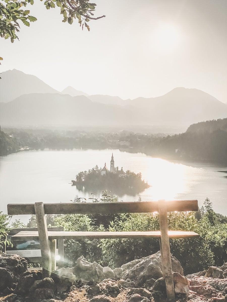 Bled Bledsjøen sett fra utsiktspunktet Ojstrica